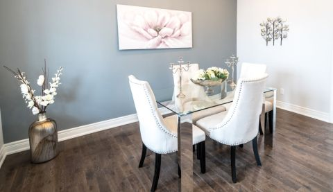 Real Estate Stager Oakville Dining room